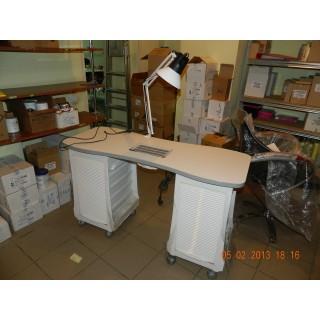 3070049 Маникюрный стол